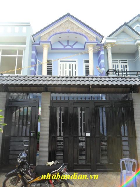 Dĩ An bán nhà lầu giả biệt thự ngay chợ Tân Long giá 1.2 tỷ