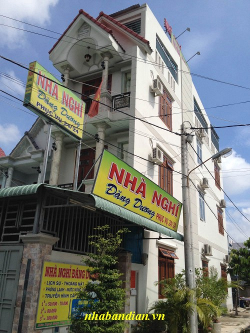 Bán gấp khách sạn 3 lầu đang kinh doanh thuộc Dĩ an- Bình Dương giá rẻ