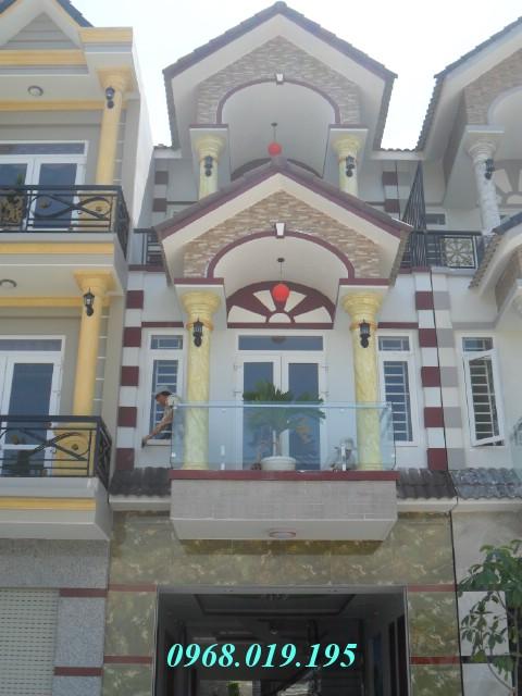 Bán biệt thự đẹp 2 lầu trong Khu dân cư Thái Bình ngay Quốc Lộ 1K