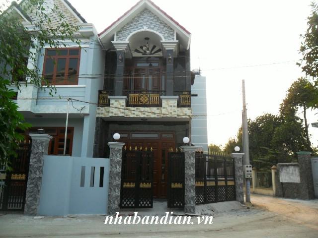 Bán nhà 2 mặt tiền gần UB phường Tân Đông Hiệp gần đường Lê Hồng Phong