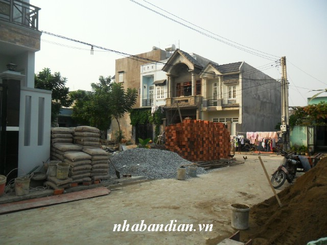 Bán đất dĩ an 135m2 xây phòng trọ ngay khu công ty Giày Thông Dụng