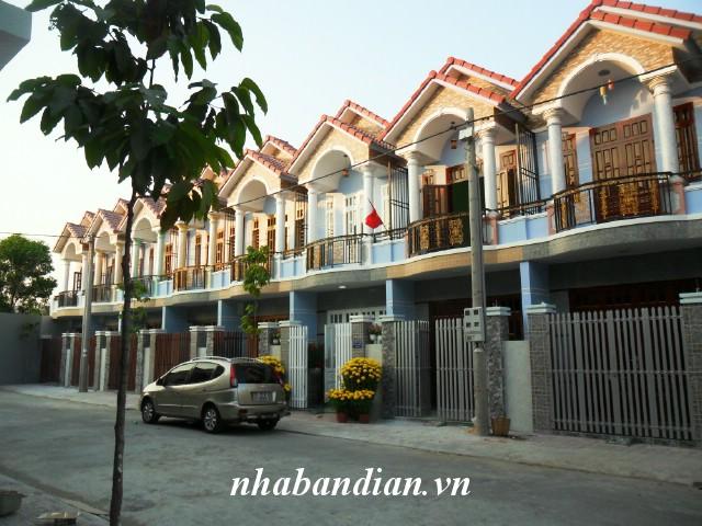 Bán nhà 1 trệt 1 lửng 1 lầu gần Trung Tâm Thể Dục Thể Thao Đông Hòa giá 1.5 tỷ