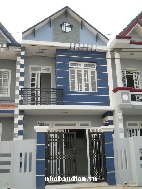 Bán nhà giá rẻ gần ngã 3 ông xã khu đất dự án chính phủ Giá: 920 triệu