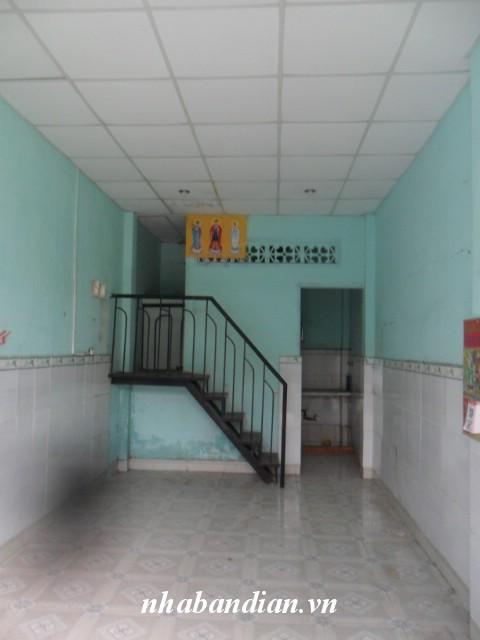 Bán nhà dĩ an nhỏ xinh 30m2 đường nhựa 7m ngay Trung tâm thể thao Đông Hòa