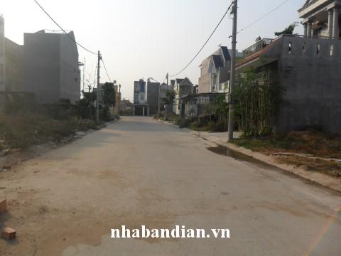 Bán nhà dĩ an gần Ngã Ba Đông Tân đường Nguyễn Thị Minh Khai