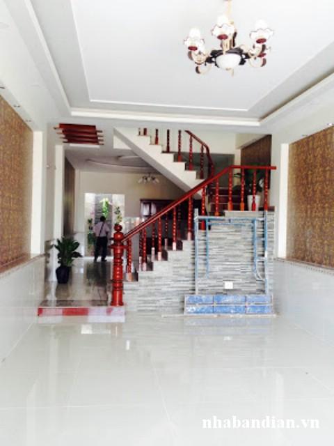 Bán nhà 2 lầu ngay trung tâm hành chính dĩ an giá 2 tỷ 600 triệu