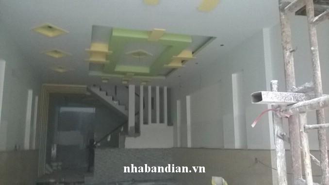 Bán nhà 2 lầu 1 trệt tại Trung tâm hành chính dĩ an bình dương