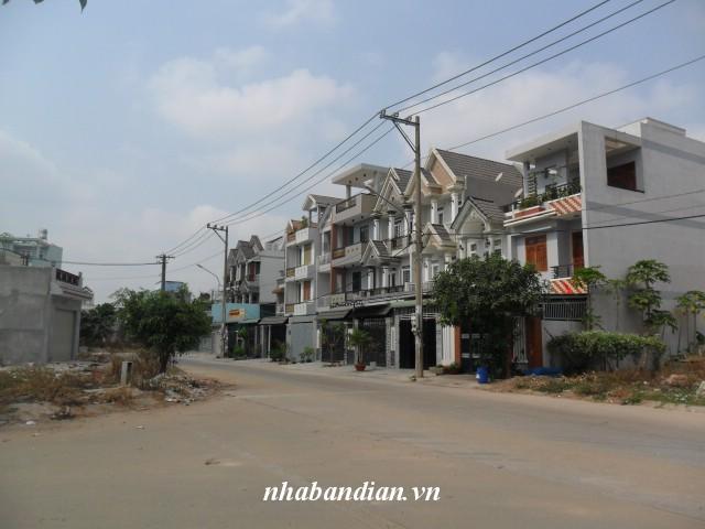 Bán đất 97.5m2 đường K trung tâm hành chính dĩ an giá 1.7 tỷ