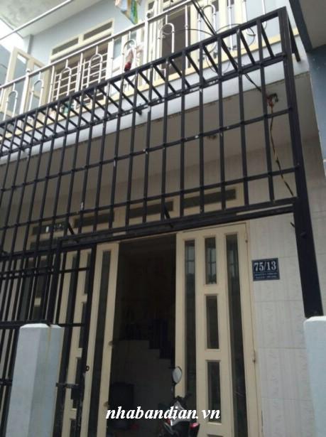 Bán nhà lầu gần trường mầm non Hoa Anh Đào giá 880 triệu