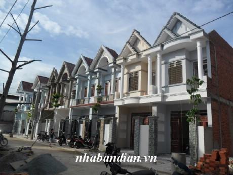 Bán nhà đường thông gần chợ Tân Long giá 1 tỷ 230 triệu