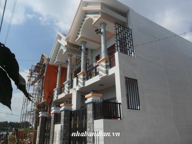 Bán nhà lầu gần Ngã Tư Chiêu Liêu đường thông 68m2 giá 1 tỷ 130 triệu