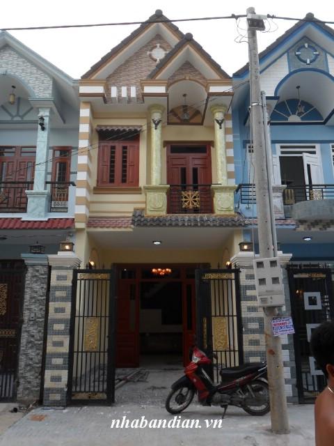 Bán nhà phố 84m2 ngay trung tâm phường Tân Đông Hiệp chợ Cây Điệp