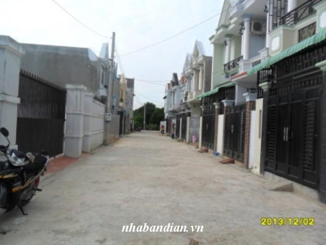 Bán nhà dĩ an 60m2 ngay trung tâm phường Tân Đông Hiệp giá rẻ