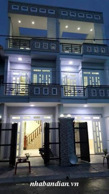 Bán nhà 2 lầu 1 triệt nằm trong khu dự án đường 10m giá 1 tỷ 700 triệu