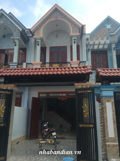 Bán nhà có sân rộng để xe hơi gần đường Trần Hưng Đạo giá 1 tỷ 650 triệu