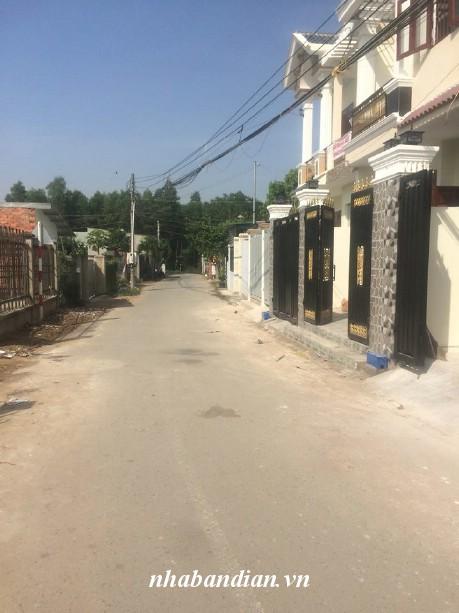 Bán nhà mặt tiền đường kinh doanh gần bệnh viện thị xã dĩ an