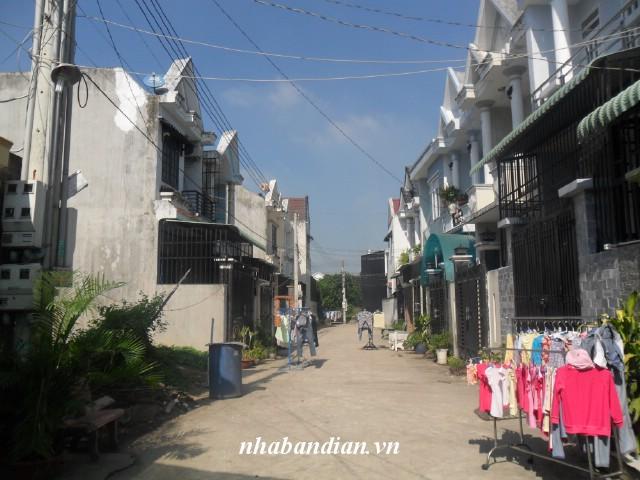 Bán nhà dĩ an gần Ủy ban phường Tân Đông Hiệp giá 1 tỷ 250 triệu