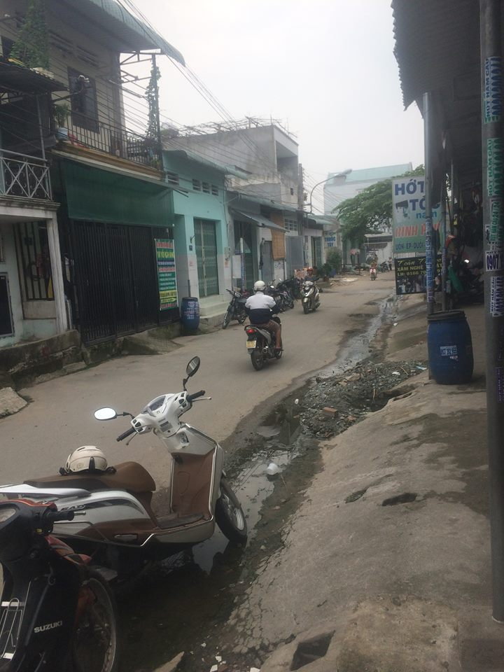 Bán nhà giá rẻ đường thông gần ngã Tư Chiêu Liêu