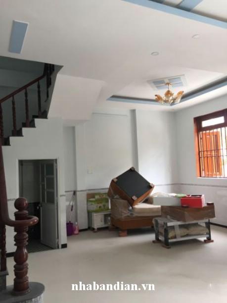 Bán biệt thự gần đường Nguyễn Hữu Cảnh