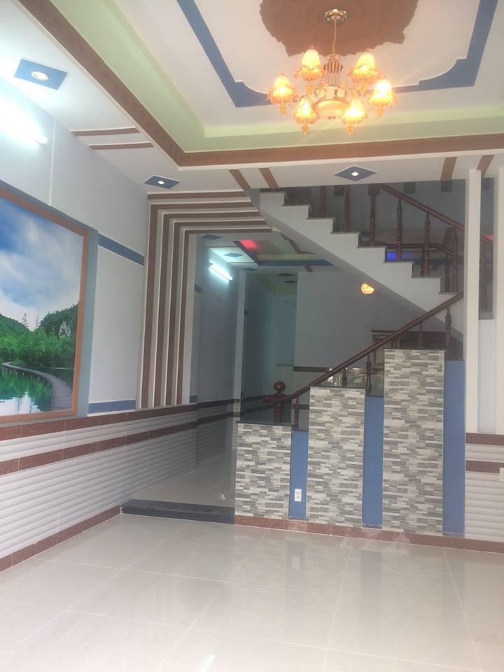 Bán nhà lầu đẹp 120m2 gần bệnh viện thị xã dĩ an