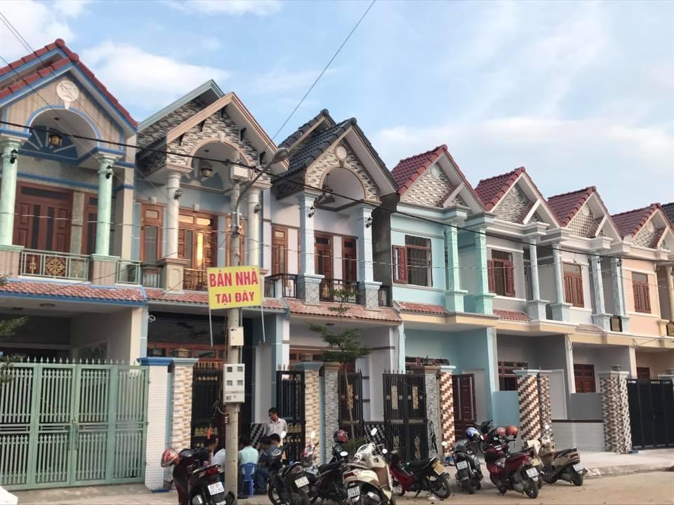 Bán nhà lầu đẹp gần cây xăng Đông Tân