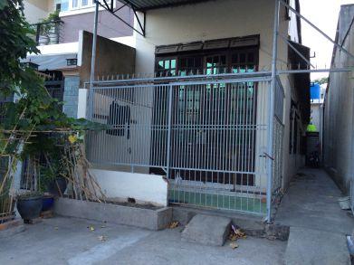 Bán nhà cấp 4 và 4 phòng trọ gần khu công nghiệp Sóng Thần