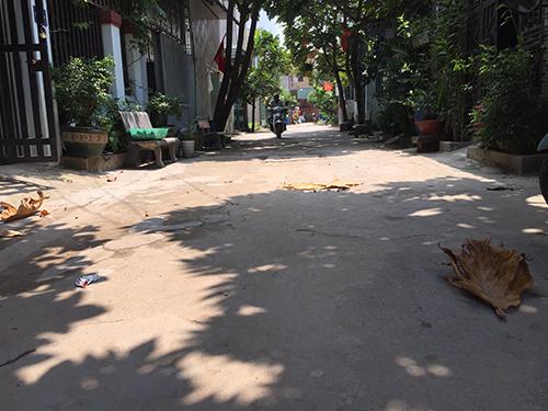 Bán nhà cấp 4 gác lửng gần đường Lê Thị Út