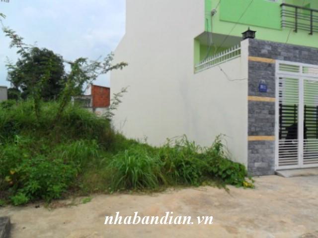 Bán đất 100m2 trong Khu dân cư Tân Đông Hiệp giá 1 tỷ 370 triệu