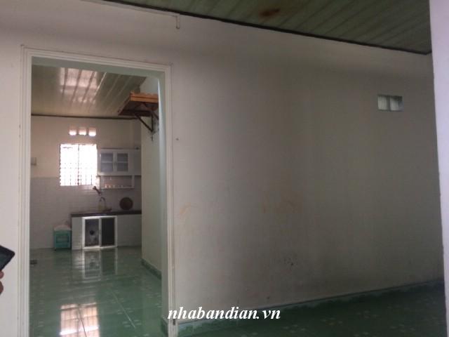 Bán nhà cấp 4 sau lưng chợ Dĩ An 1 đường Trần Quang Khải