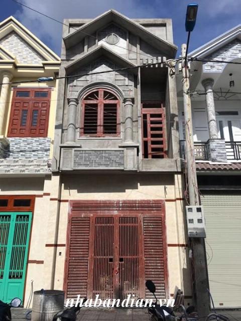 Bán nhà phố hiện đại trong khu dân cư đường 10m gíap Quốc Lộ 1K
