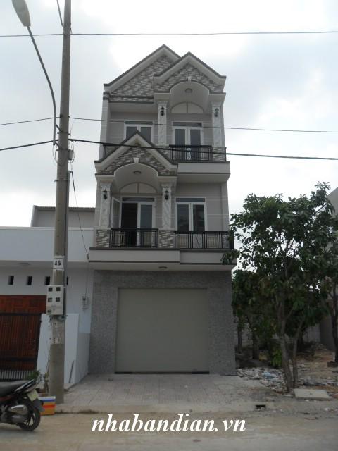 Bán nhà 2 lầu hiện đại trong khu Toa xe lửa dĩ an phường Dĩ An gần đường Lý Thương Kiệt