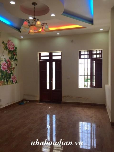 Bán nhà 2 lầu trong khu nhà phố thương mại gần Ngã Tư 550 hiện đại sang trọng vị trí trắc địa