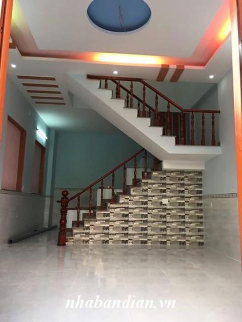 Bán nhà lầu ở gần Ngã tư Chiêu Liêu 700m đường Lê Thị Út giá rẻ