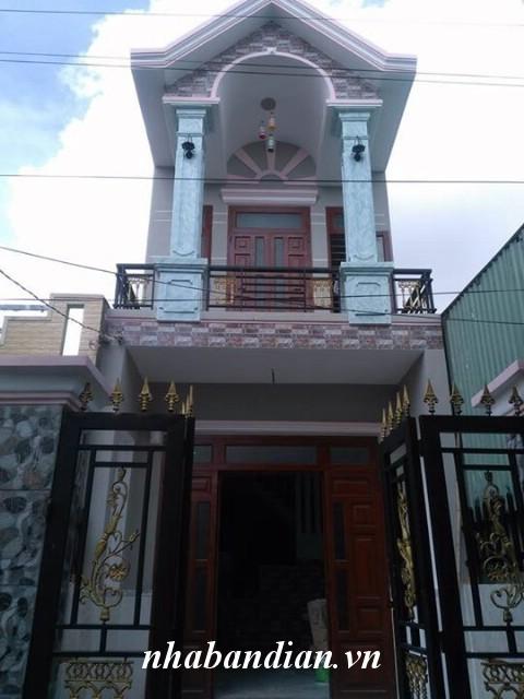 Bán nhà lầu 80m2 có sân xe hơi gần ngay Ngã Ba Cây Điệp đường Lê Văn Tiên vào 50m