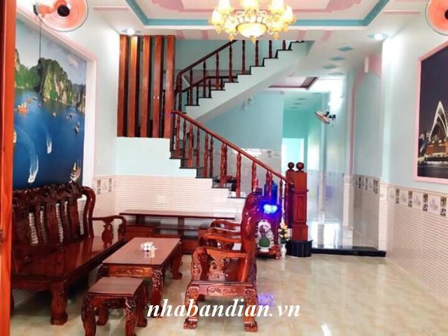 Bán nhà lầu đẹp 130m2 đường Quốc Lộ 1K vào khoảng 100m sau lưng chợ Nội Hóa