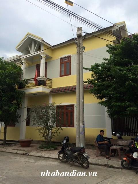 Bán nhà hai mặt tiền đẹp Khu dân cư đường 10m ngay đường Nguyễn Thị Minh Khai vào 300m