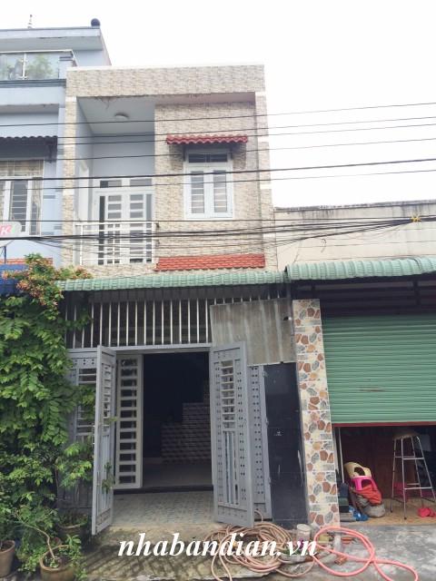 Bán nhà lầu 60m2 đường 7m gần KCN Dapak đường nhựa ĐT-743 vào 700m gần Bệnh viện thị xã Dĩ An