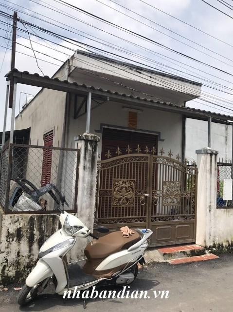 Bán nhà cấp 4 hai mặt tiền đường nhựa 5m gần Bệnh viện thị xã Dĩ An