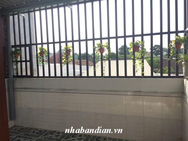 Bán nhà 109m2 sân để xe hơi đường thông gần ngay Ngã Tư Chiêu Liêu