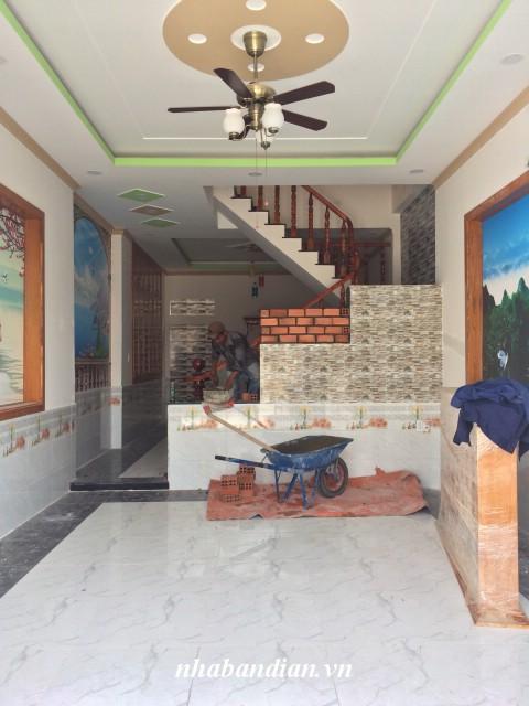 Bán nhà 2 lầu hiện đại 86m2 trong khu phố văn hóa Tân Đông Hiệp cách Ngã Tư 550 1.5km