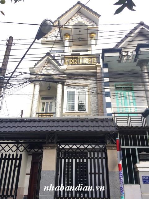 Bán nhà 2 tấm mặt tiền đường nhựa 8m sau lưng chợ Dĩ An 1 phường Dĩ An
