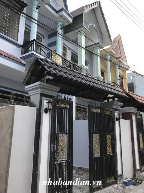 Bán nhà lầu 84m2 sau lưng trường tiểu học Dĩ An đường Nguyễn An Ninh vào 200m