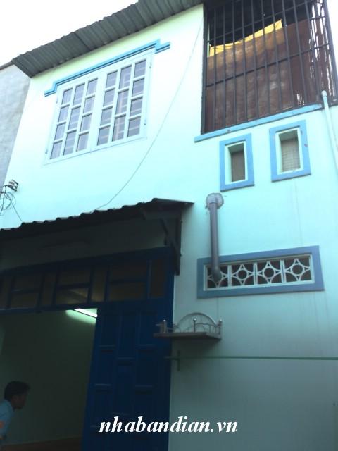 Bán nhà lầu 16m2 sổ chung gần đường lớn Nguyễn Thị Minh Khai giá 330 triệu