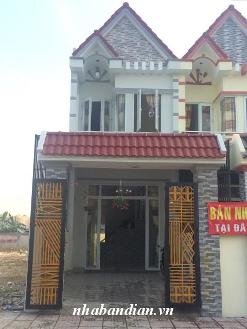 Bán nhà mặt tiền kinh doanh 105m2 gần chợ Đông Hòa và Ngã Ba Cây Lơn