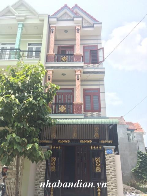 Bán nhà phố 2 lầu trong khu dân cư đường 10m gần Quốc Lộ 1K