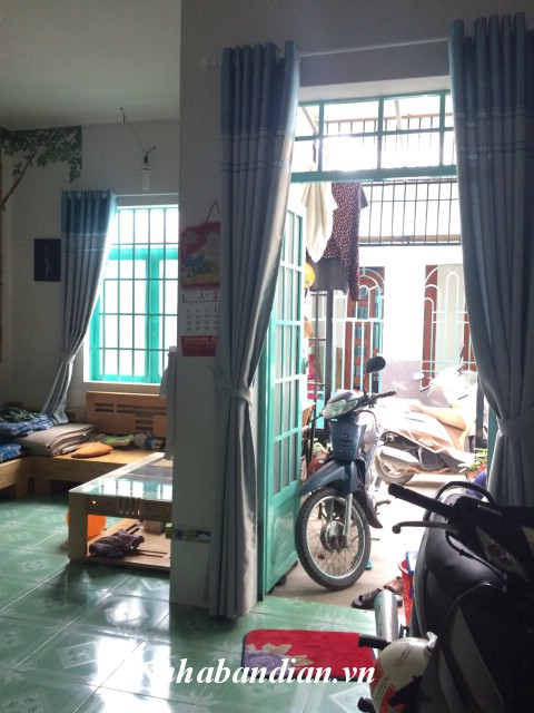 Bán nhà cấp 4 gác lửng sổ chung gần Bệnh viện thị xã Dĩ An giá 660 triệu