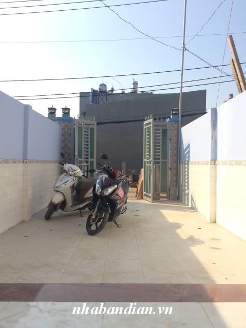 Bán nhà lầu 106m2 mặt tiền đường nhựa kinh doanh gần chợ Linh Xuân Thủ Đức