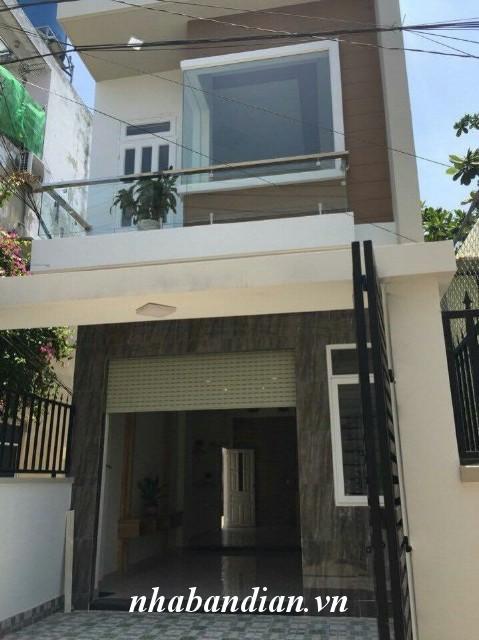 Bán nhà hai mặt tiền gần ngay chợ Dĩ An 1 đường Trần Hưng Đạo vào 100m