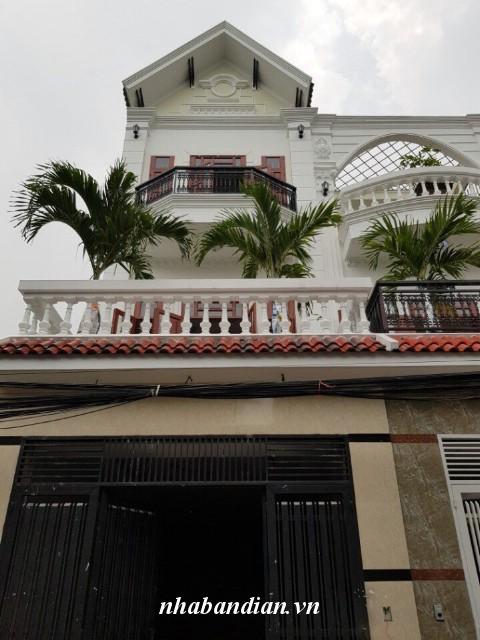 Bán nhà 2 lầu mặt tiền đường nhựa gần Ngã Tư Chiêu Liêu vị trí trung tâm