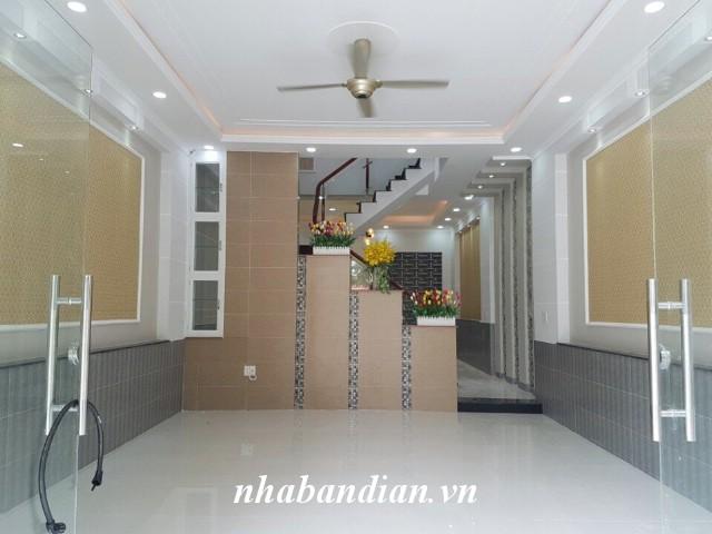 Bán nhà 2 lầu gần Cầu vượt Sóng Thần tiện đi trung tâm thành phố